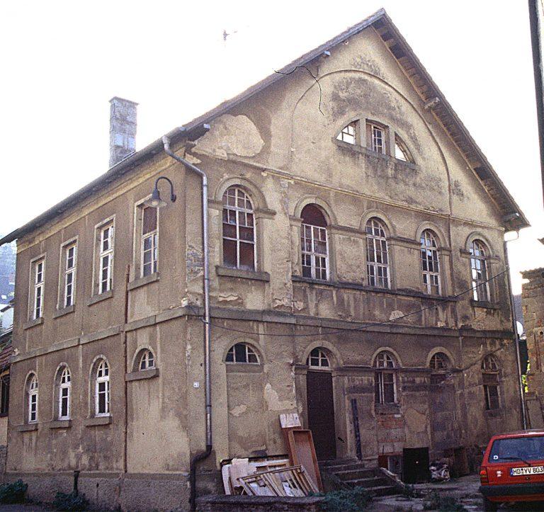 Zustand der Außenfassade vor dem Kauf des Gebäudes