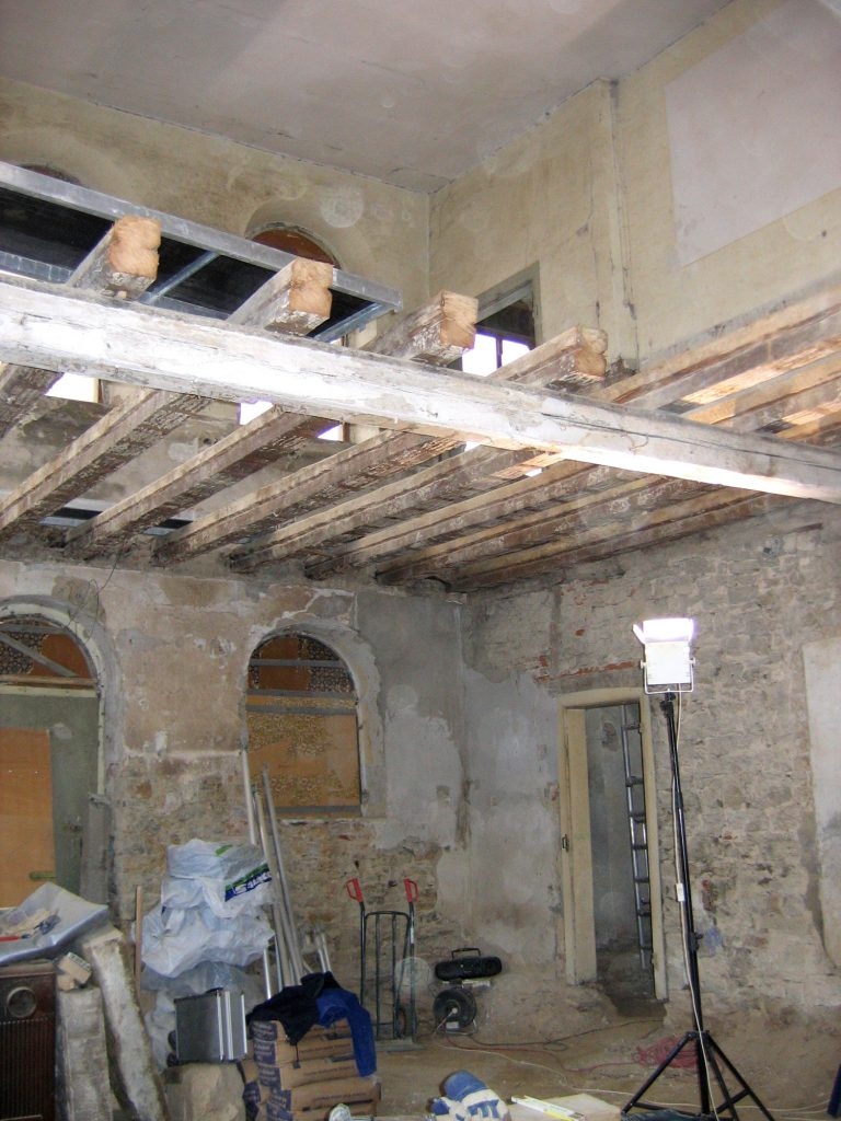 Aufnahme während der Sanierung des ehemaligen Betsaales